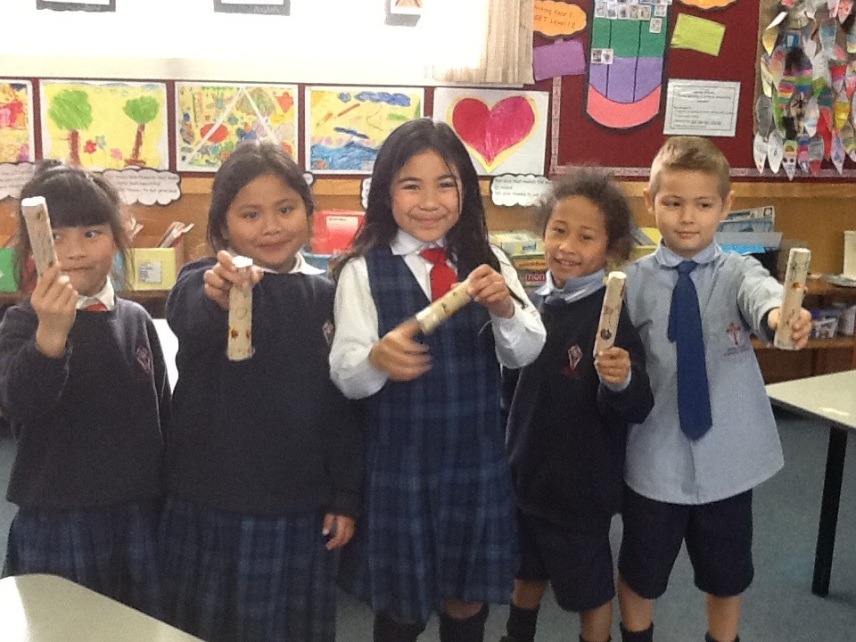 room 5 noise makers b