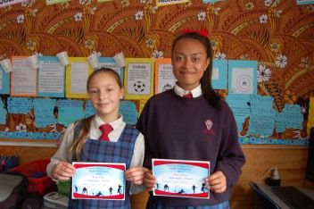 Sapphire and Carmel with their Rippa Rugby awards