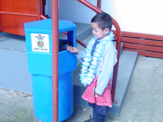 I can pick up rubbish in my lavalava.