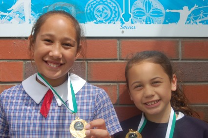 Waterpolo Winners Natalia & Aaliyah