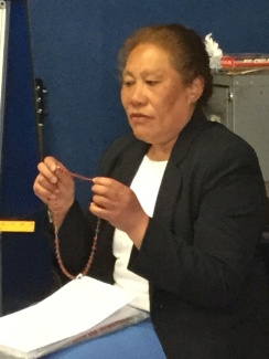 Kita explains about saying the Rosary beads