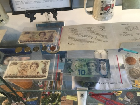Old and new bank notes adn coins